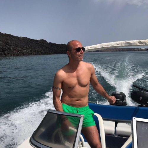 Motor boat boat rental in Vlichada port, Greece