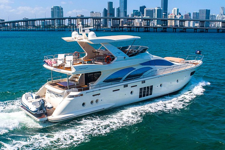 78' Azimut - Don't Just Rent a Yacht. Rent a Luxury Yachting Experience!