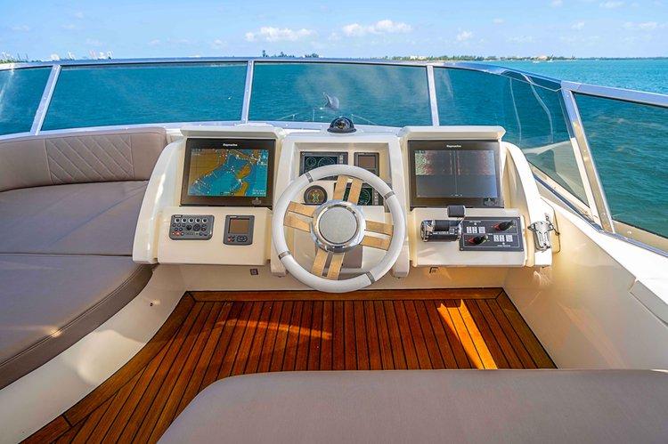 Boat rental in Miami Beach,