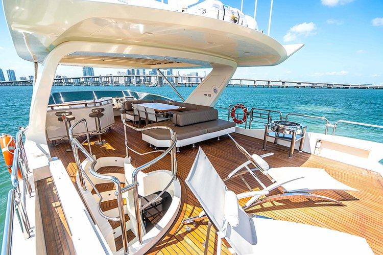 Azimut's 78.0 feet in Miami Beach