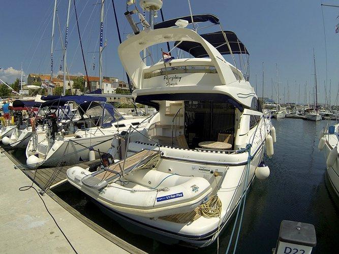Fairline Boats's 39.0 feet in Šibenik region