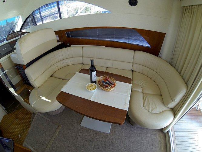 39.0 feet Fairline Boats in great shape