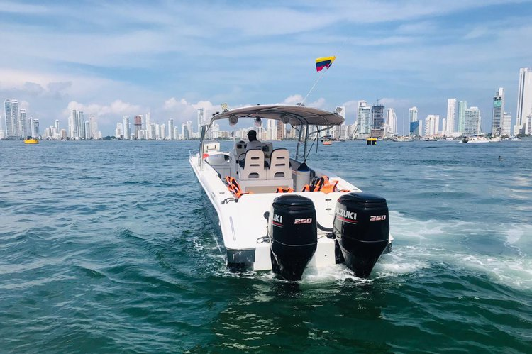 Discover cartagena surroundings on this Firpol Firpol boat