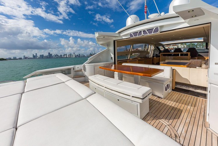 Discover Miami Beach surroundings on this 80 Pershing boat