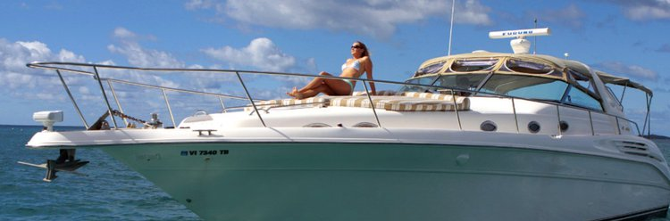 Express cruiser boat rental in Saga Haven Marina, U.S. Virgin Islands