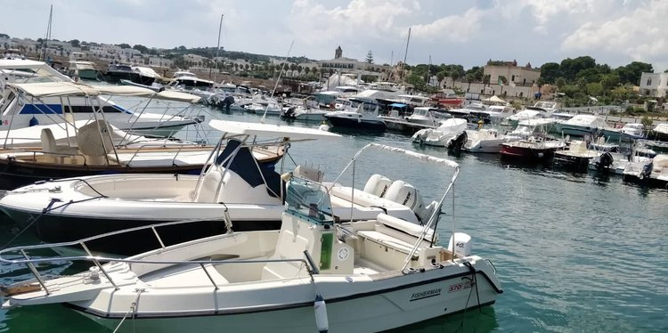 Boat for rent elan 20.0 feet in Leuca, Italy
