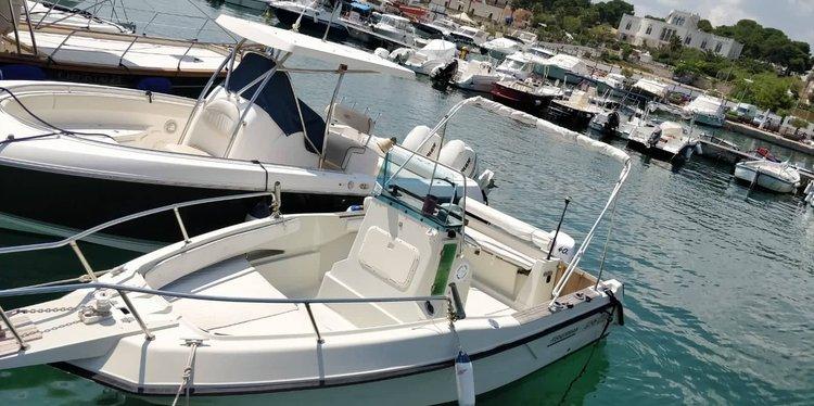 Elan boat for rent in Leuca