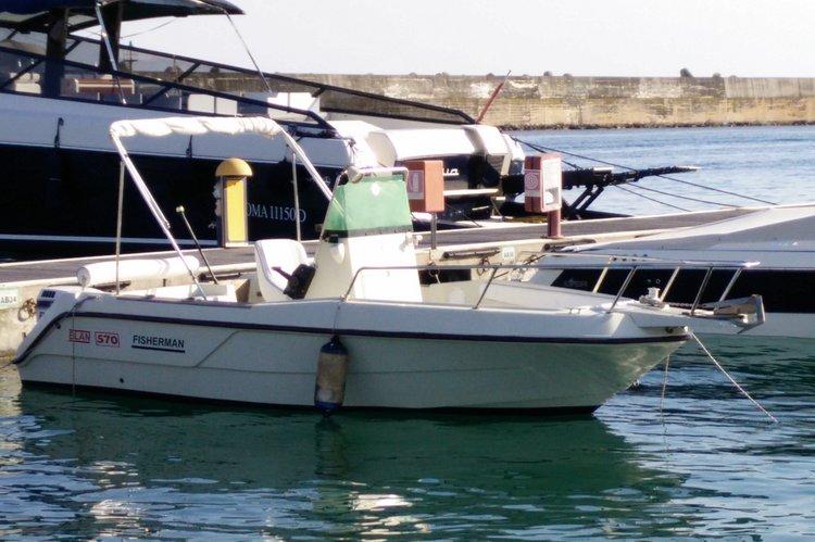 Boat rental in Leuca,