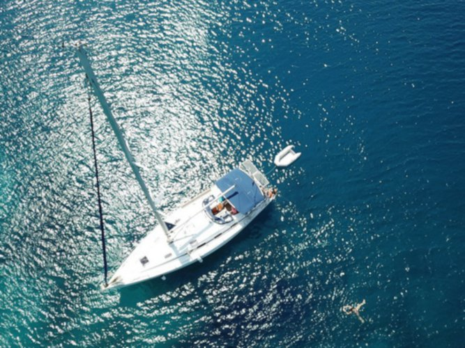 Enjoy Athens, GR to the fullest on our comfortable Bavaria Yachtbau Bavaria 43 Cruiser
