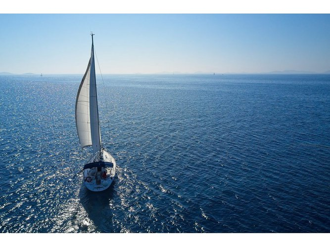Enjoy Murter, HR to the fullest on our comfortable Bavaria Yachtbau Bavaria 46 C