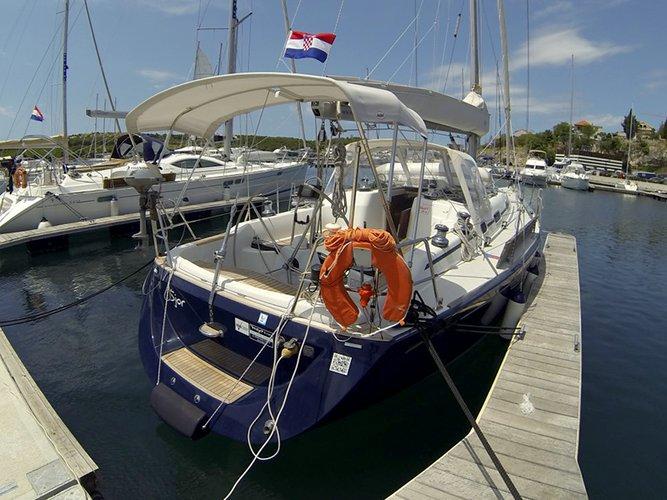 40.0 feet Cantiere Del Pardo (Grand Soleil) in great shape
