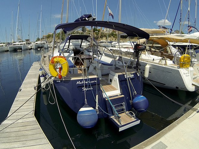 45.0 feet Cantiere Del Pardo (Grand Soleil) in great shape