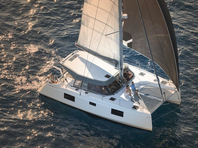 All you need to do is relax and have fun aboard the Catamarans Nautitech Nautitech Open 40