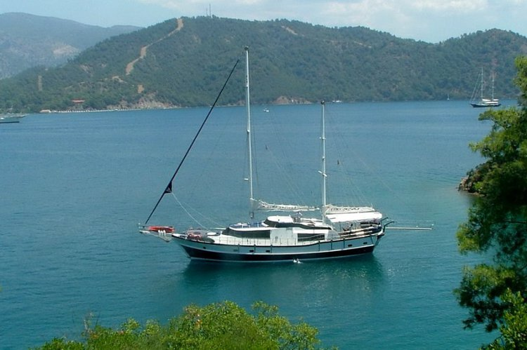 Relax and have fun on board our sail boat charter in Turkey