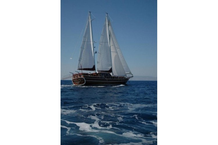 Hop aboard this amazing sail boat rental in Turkey!