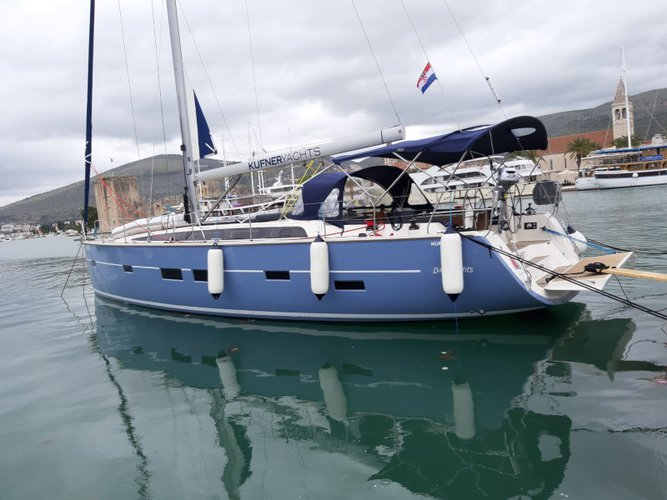 Take this D&D Yachts D&D Kufner 50 for a spin!