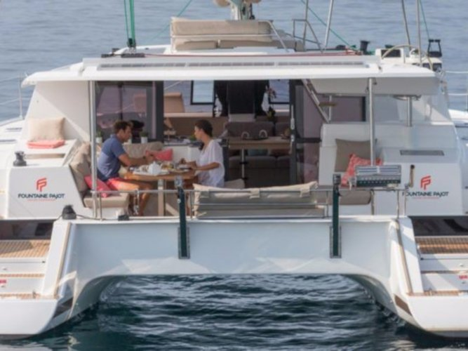 Sail the beautiful waters of Lefkada on this cozy Fountaine Pajot Helia 44