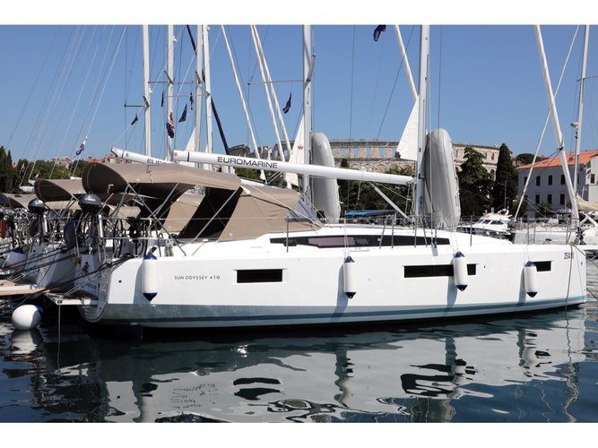 Hop aboard this amazing sailboat rental in Pula!