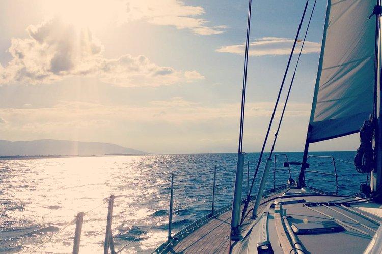 Boating is fun with a Jeanneau in Mykonos