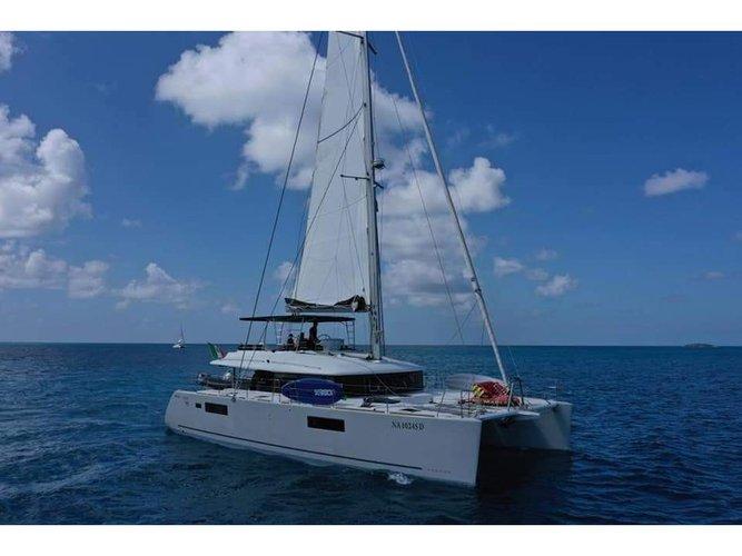 Enjoy St. Thomas, VI to the fullest on our comfortable Lagoon Lagoon 560