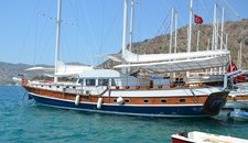 Hop aboard this amazing sail boat charter in Turkey