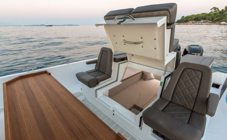 Motor boat boat for rent in Chania, Crete