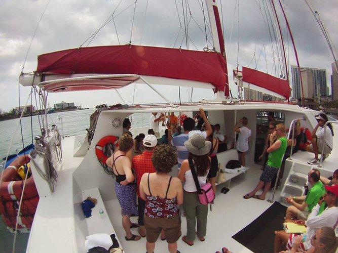 Catamaran boat for rent in Miami