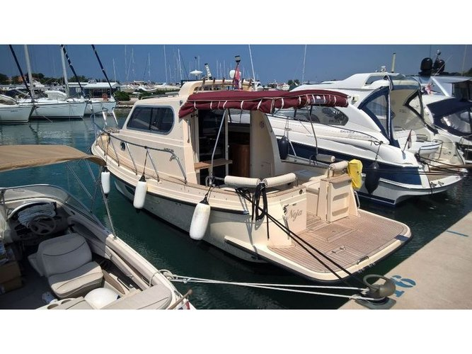 Explore Murter on this beautiful motor boat for rent