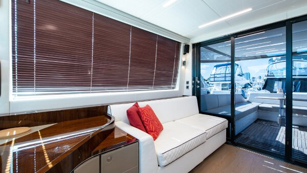 Discover miami beach surroundings on this Squadron Fairline boat