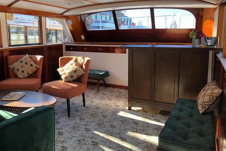 Motor yacht boat rental in New York, NY