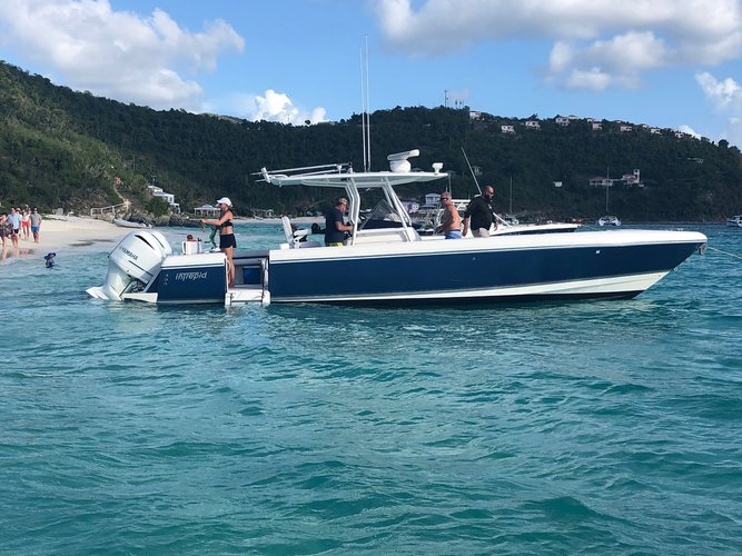 Center console boat for rent in St John