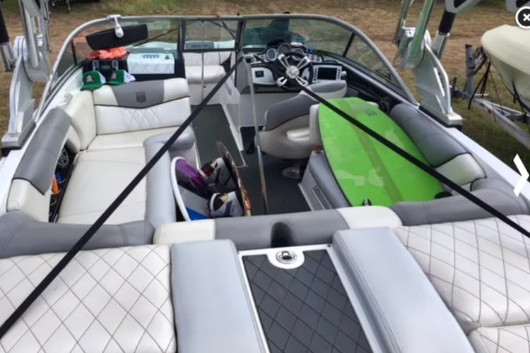 Ski and wakeboard boat for rent in Austin