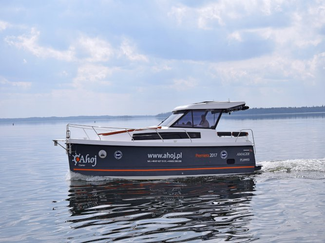 Charter this amazing motor boat in Węgorzewo