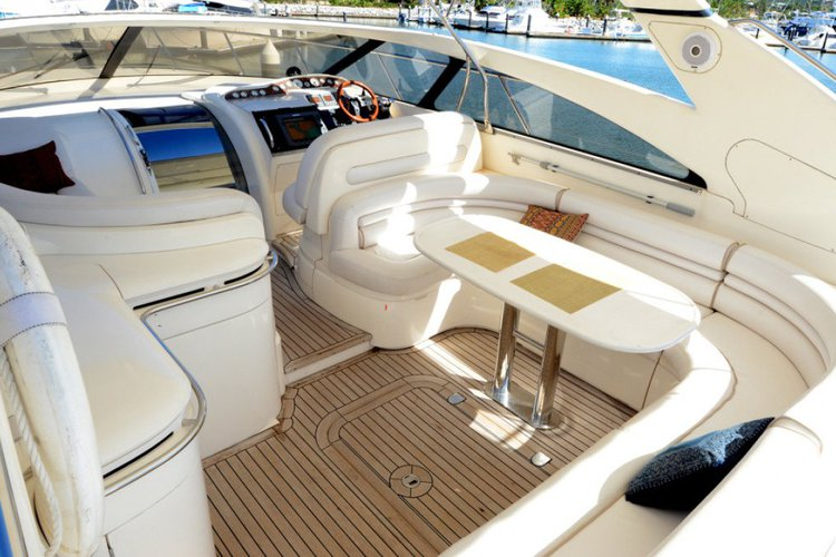 Discover Miami surroundings on this Princess Viking boat