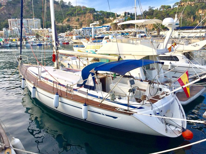 Get on the water and enjoy Palma de Mallorca in style on our Bavaria Yachtbau Bavaria 50 Cruiser