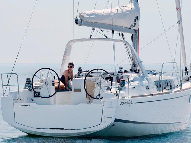 Experience L'Estartit, Girona, ES on board this amazing Beneteau Oceanis 35.1