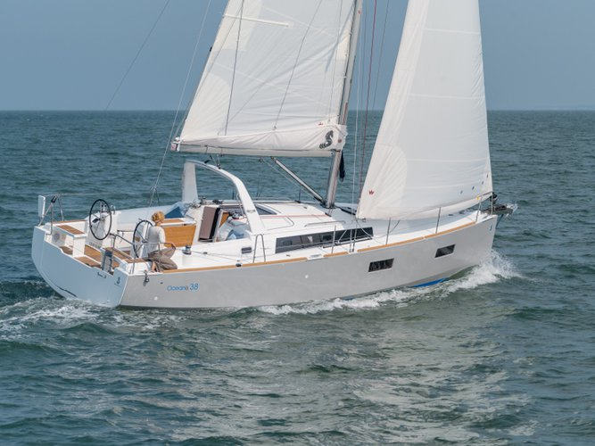 Sail the beautiful waters of Marmaris on this cozy Beneteau Beneteau Oceanis 38.1