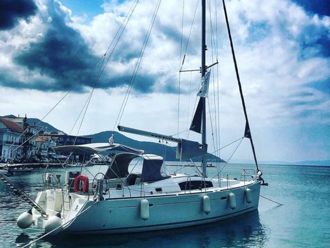 Discover Thasos in style boating on this sailboat rental