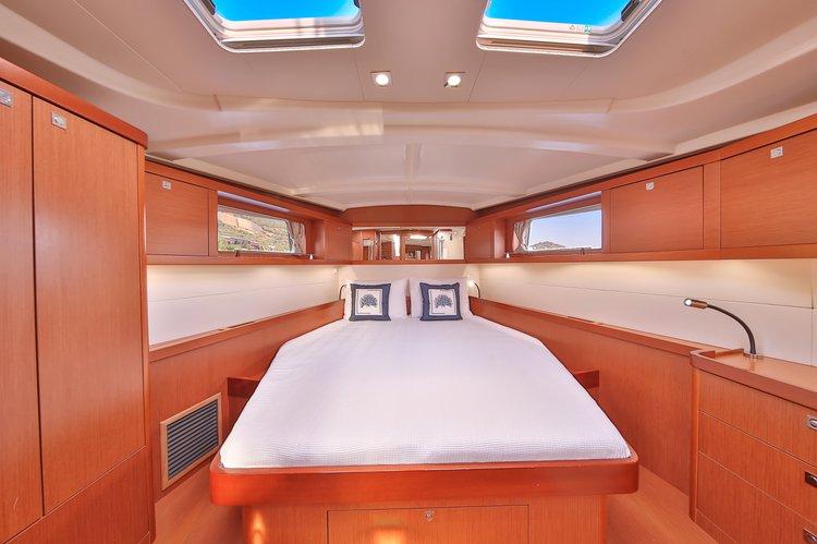 Discover Mediterranean surroundings on this Oceanis 48 Beneteau boat