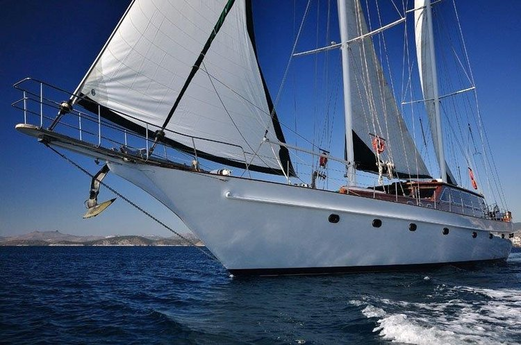 Rent this sail boat charter, perfectly suitable for a memorable vacation on the water in Turkey.