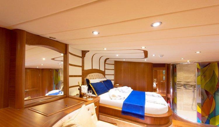 Discover Bodrum surroundings on this Custom Custom boat