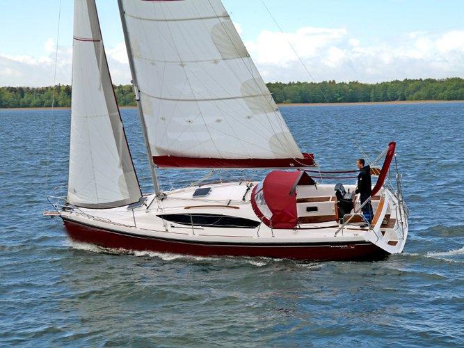 Charter this amazing Northman Shipyard Maxus 33.1 RS Prestige + in Wilkasy, PL