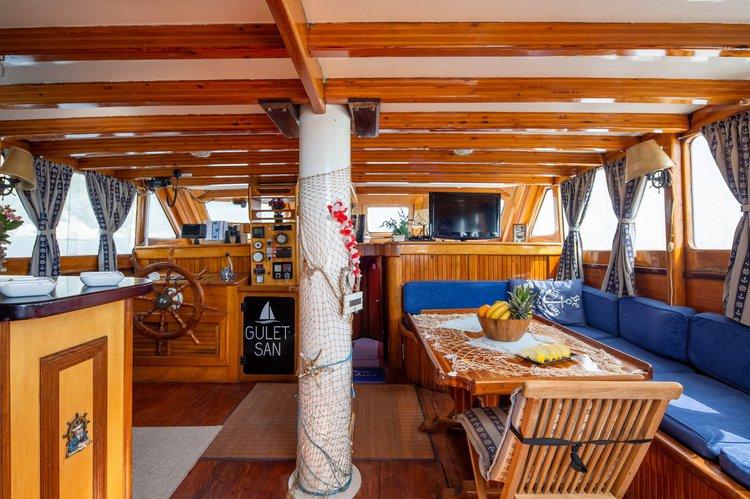 Gulet boat for rent in Split