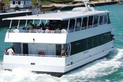 Discover Miami in style cruising on this luxury yacht rental