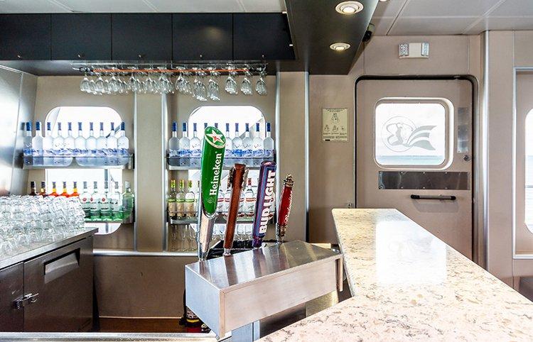 Discover Miami surroundings on this Custom Custom boat