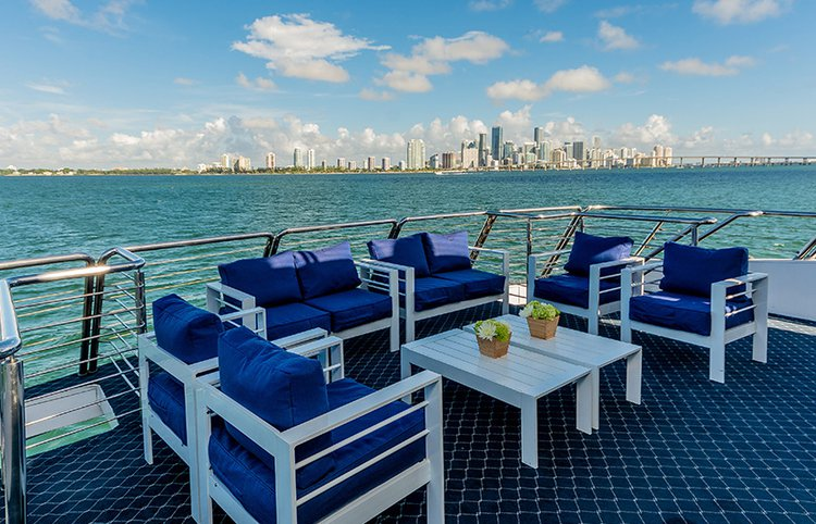 Up to 140 persons can enjoy a ride on this Mega yacht boat