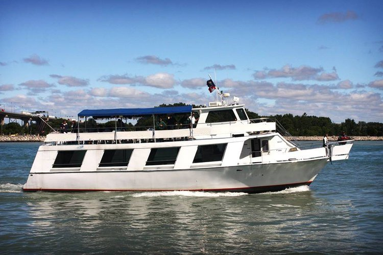 Explore the awesome views in Michigan onboard 73' motor yacht