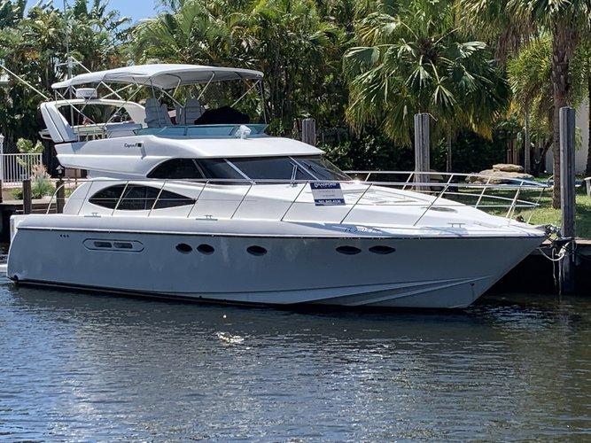 Motor yacht boat rental in Diplomat Yacht Club, FL