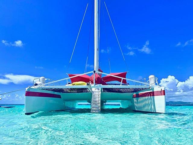 Catamaran boat rental in Avenida Marina View, Puerto Rico