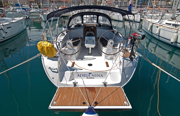 Discover Split region surroundings on this Bavaria Cruiser 37 Bavaria Yachtbau boat